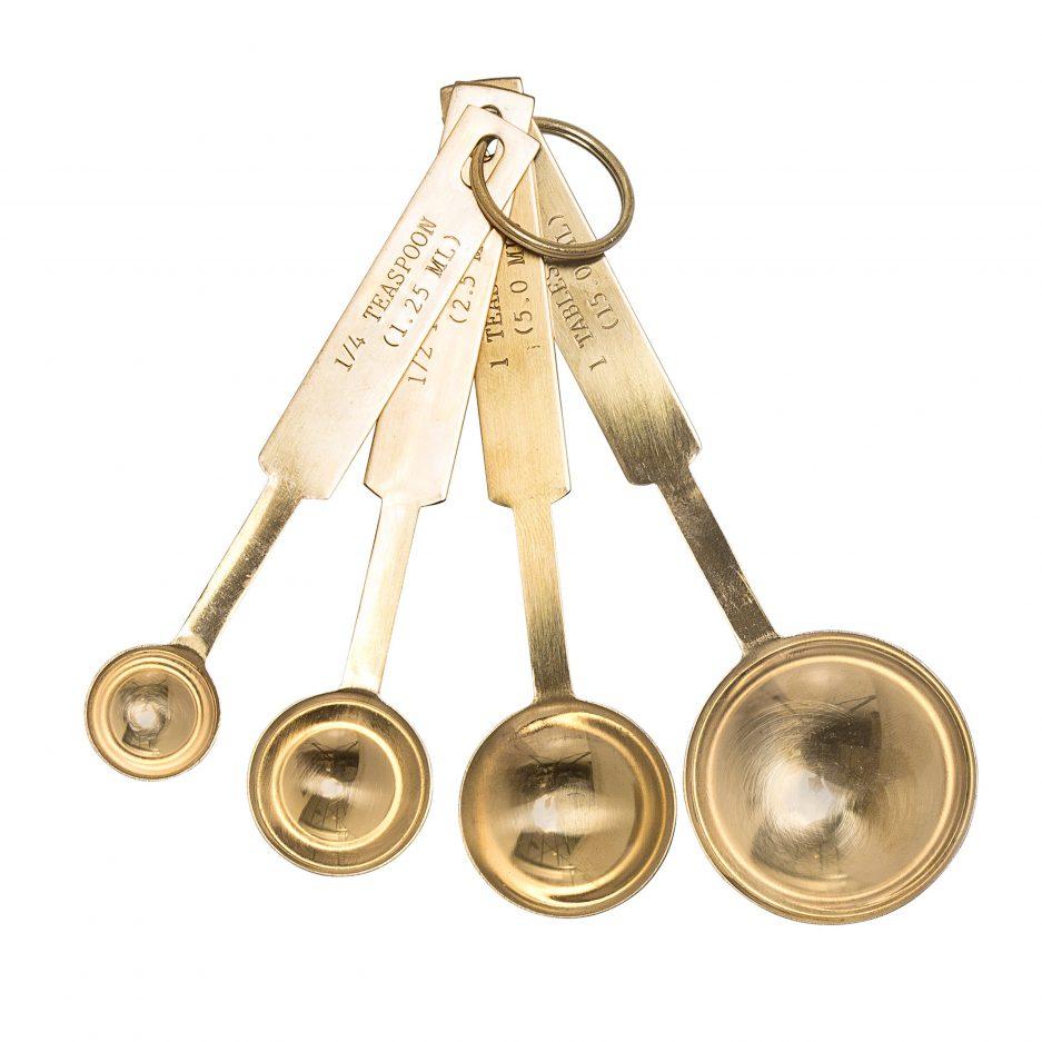 Cuillères à mesurer dorées